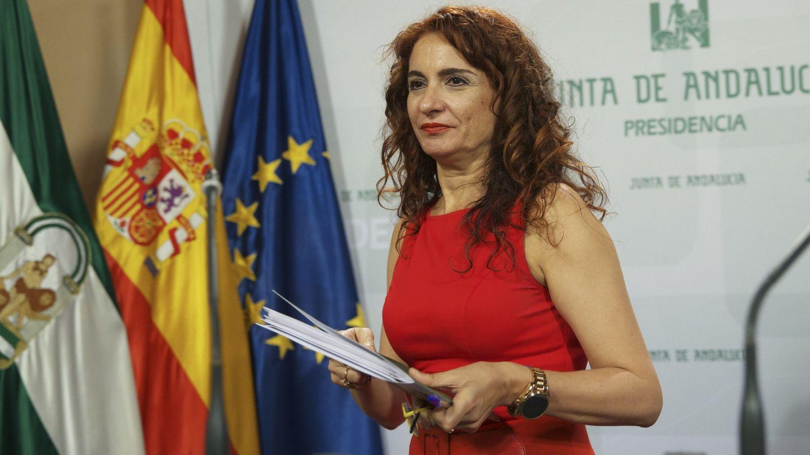 Foto: La nueva ministra de Hacienda del Gobierno de Pedro Sánchez, María Jesús Montero. (EFE)