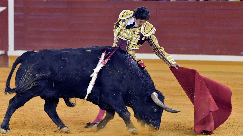 Vox creará leyes de protección a la tauromaquia y la caza en Castilla-La Mancha