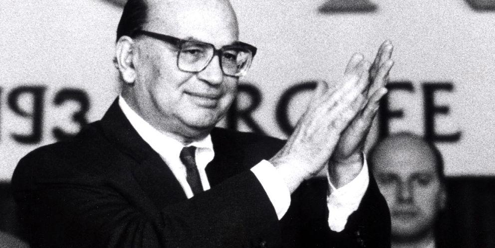 Foto: Fotografía de archivo del ex primer ministro socialista Bettino Craxi (Reuters)