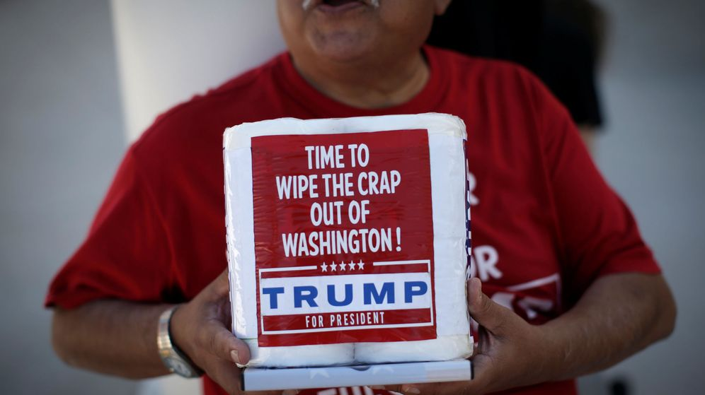 Foto: Un seguidor de Trump en un mítin de 2016. (Reuters)