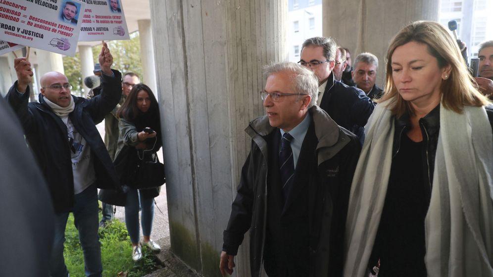 Foto: Foto de archivo de Antonio Lanchares, director de seguridad en la circulación de Renfe, llegando a los jzugados. (EFE)