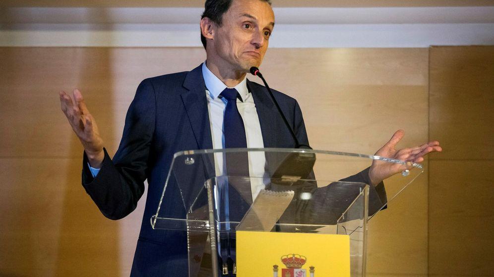 Foto: El ministro de Ciencia, Innovación y Universidades, Pedro Duque, durante su comparecencia. (EFE)
