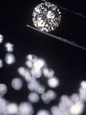 Cómo rejuvenecer la piel a base de diamantes