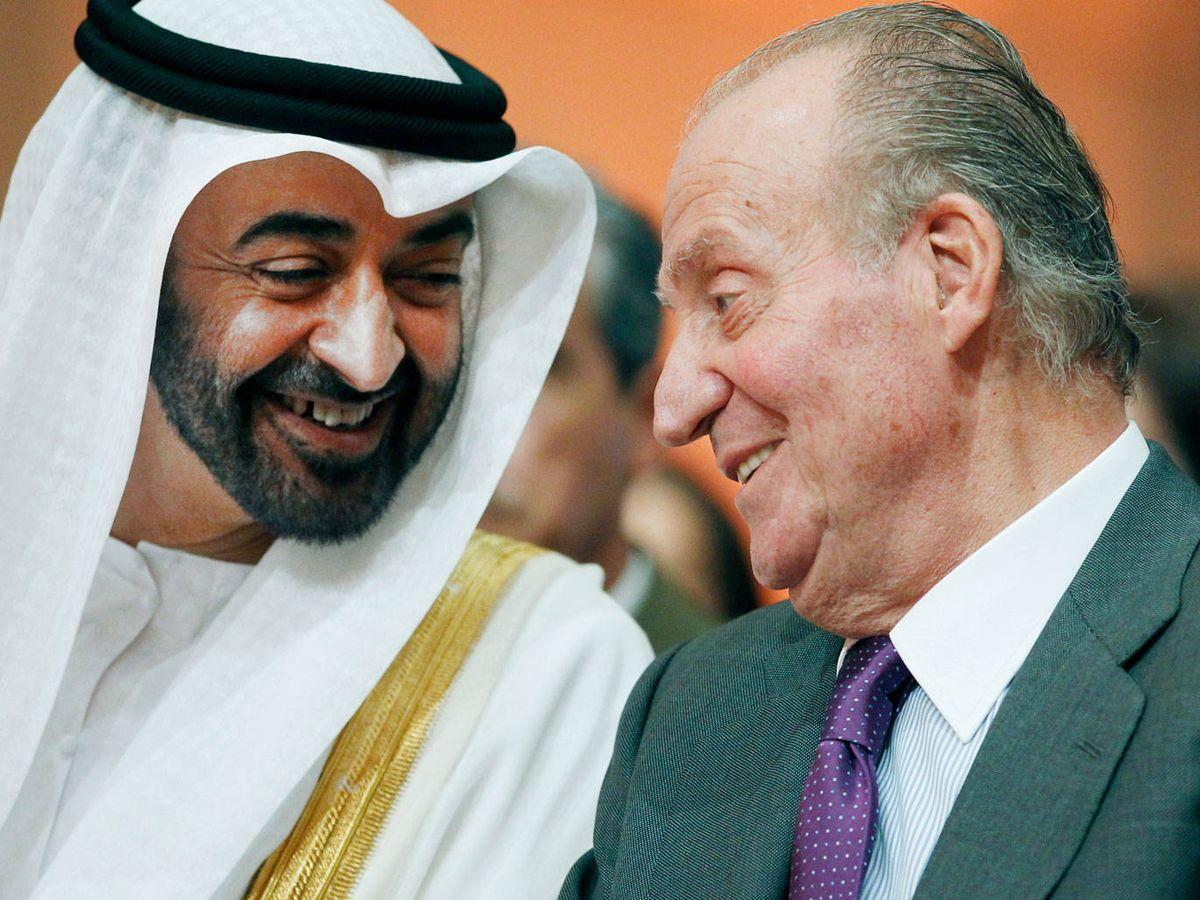 Foto: El rey Juan Carlos, con el príncipe heredero de Abu Dabi. (Reuters)