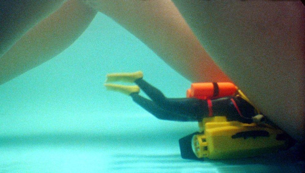 Foto: ¿Qué es el submarino? Marita te lo explica. (Imagen de 'Átame', de Pedro Almodóvar)