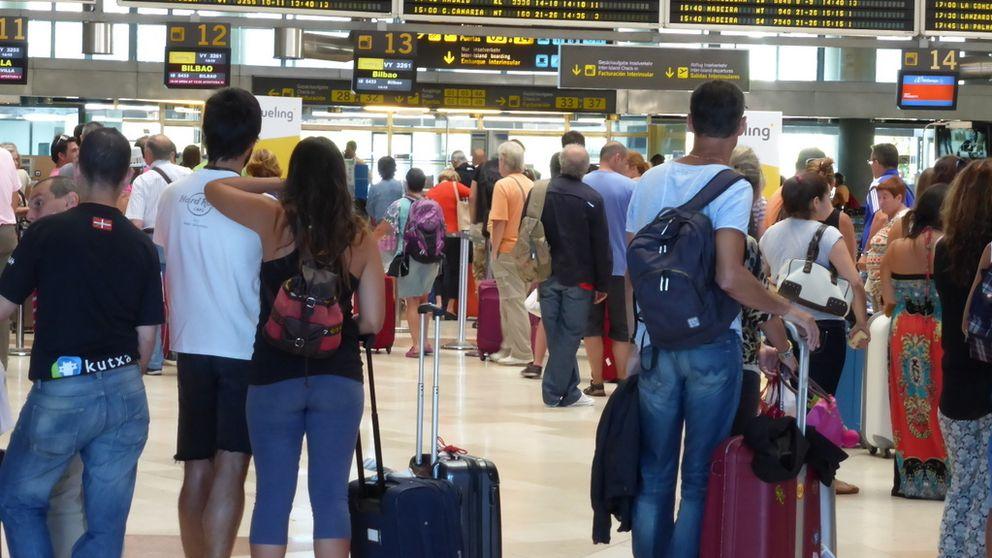 Aena fulmina la cuenta 'pirata' del Aeropuerto de Santander