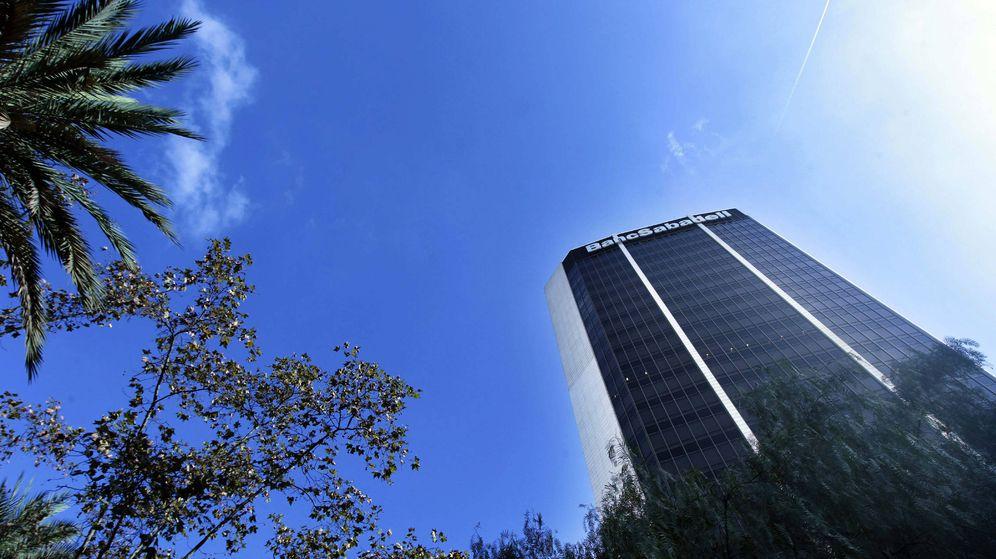 Foto: Sede central del Sabadell en Barcelona. (EFE)
