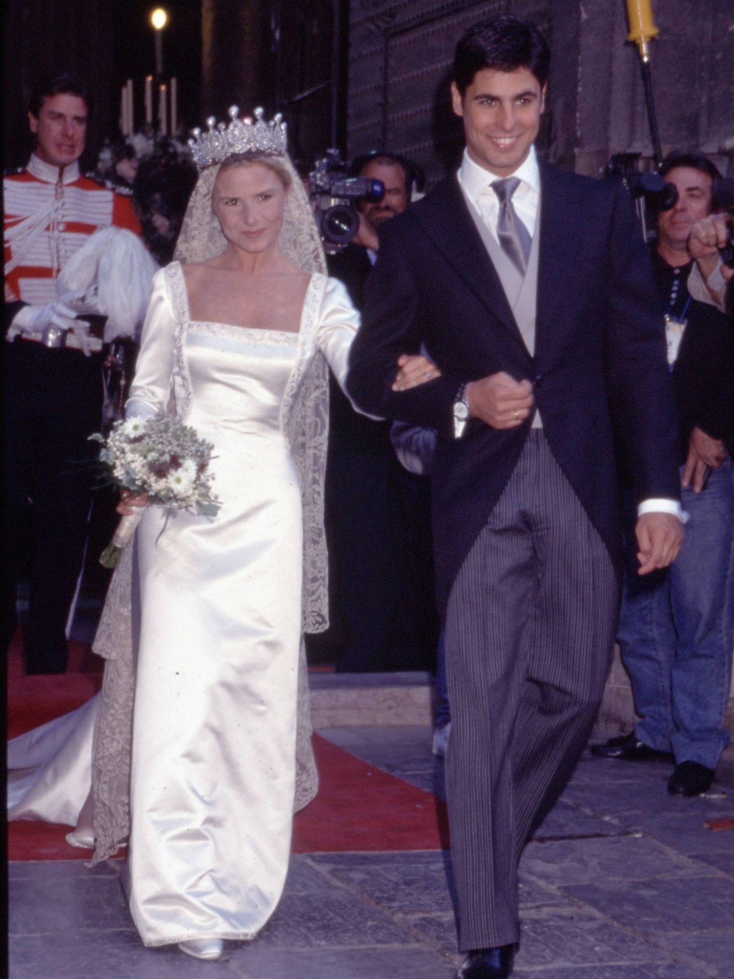Eugenia Martínez de Irujo y Fran Rivera, el día de su boda. (EFE)