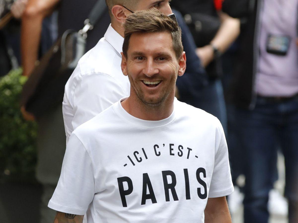 Foto: Lionel Meessi, en su llegada a París. (Reuters)