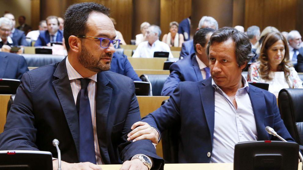 El PSOE urge a Rajoy a moverse y dice no a la mesa a tres con PP y C's