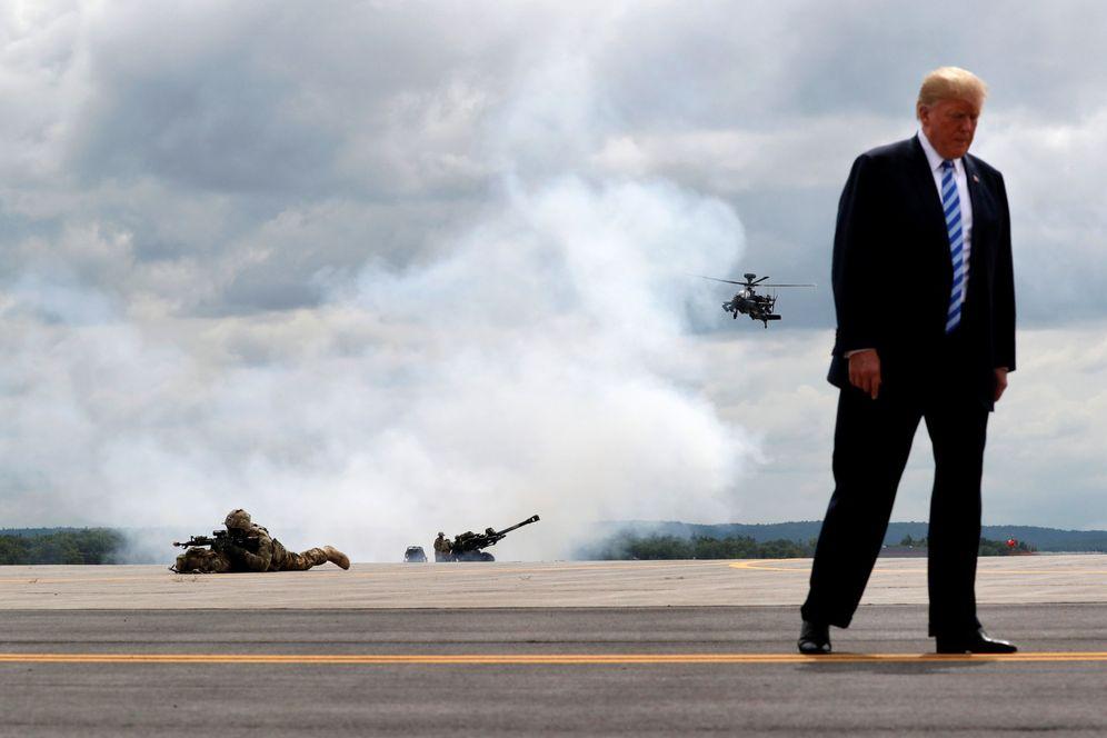 Foto: El presidente Donald Trump durante una demostración de la 10ª División de Montaña en Fort Drum, el 13 de agosto de 2018. (Reuters)