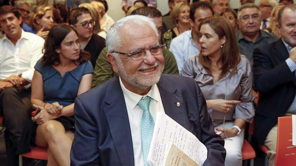 El juez imputa a Juan Cotino por los contratos de la visita del Papa