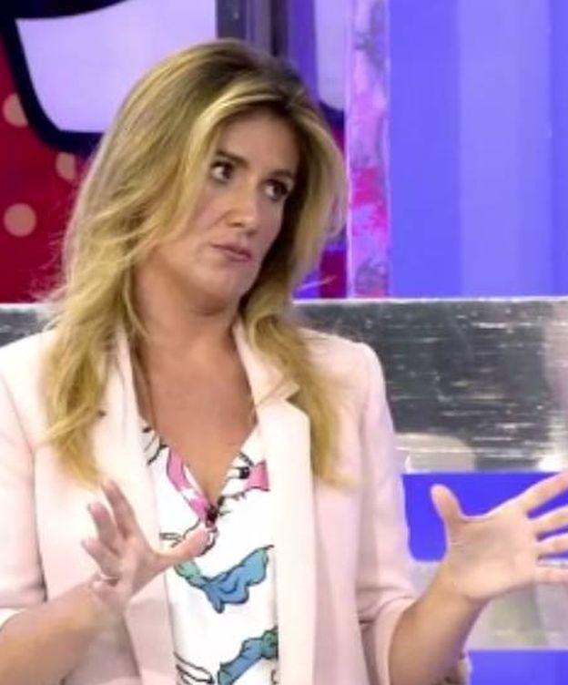 Foto: Carlota Corredera regaña a Tejado por interrumpir en 'Sálvame'.
