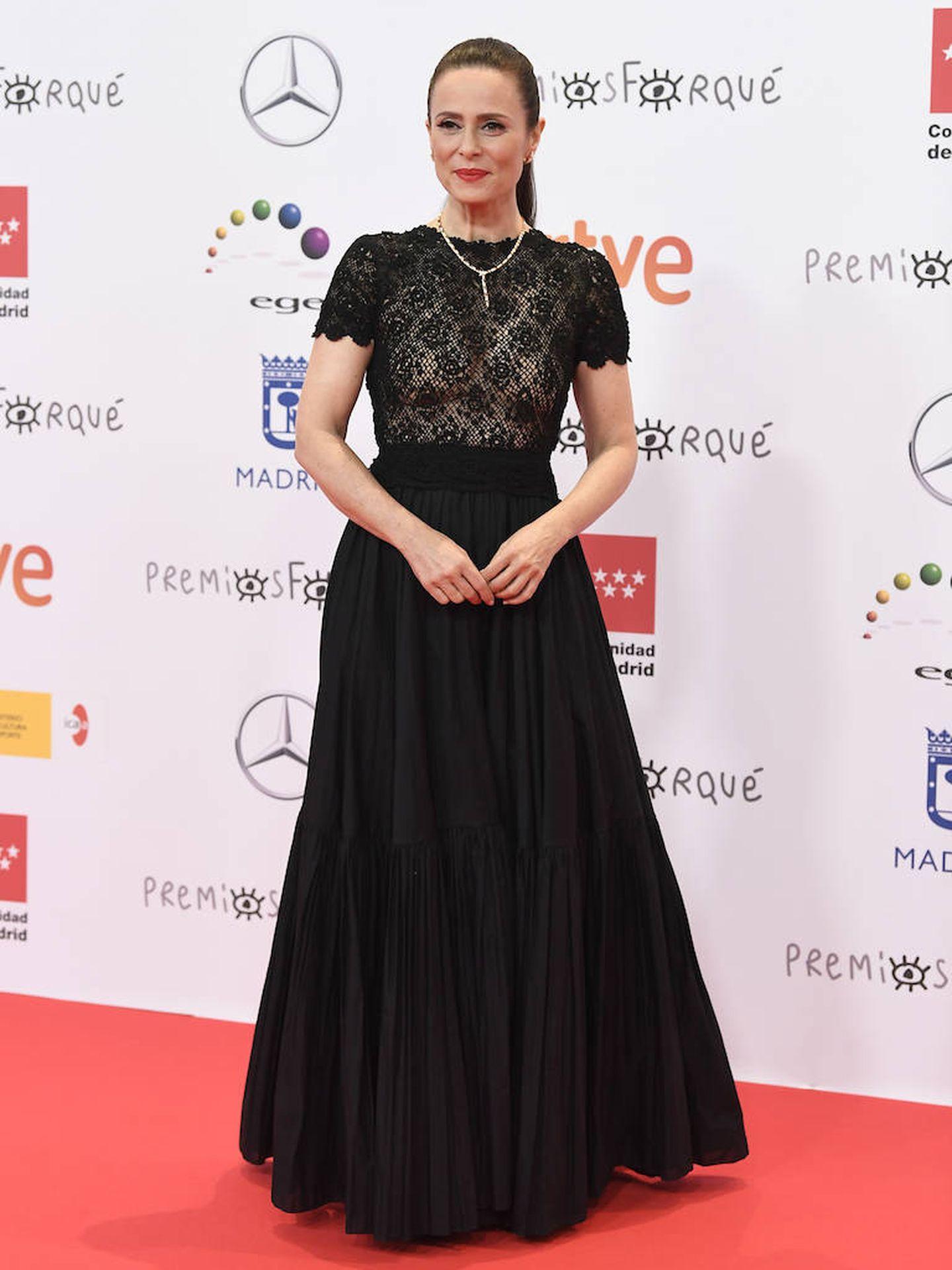 Aitana Sánchez Gijón luciendo un vestido negro de Dior en la alfombra roja de los Premios Forqué. (Limited Pictures)