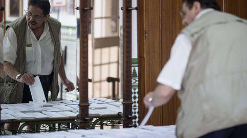 6.496.685 electores convocados a votar en Andalucía en un día de lluvia