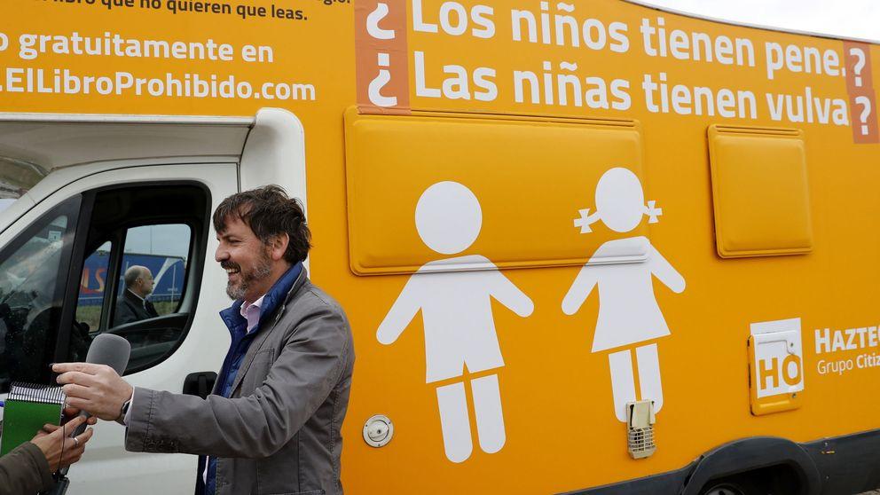 Hazte Oír sacará otra vez su autobús con otro mensaje: incluye interrogaciones