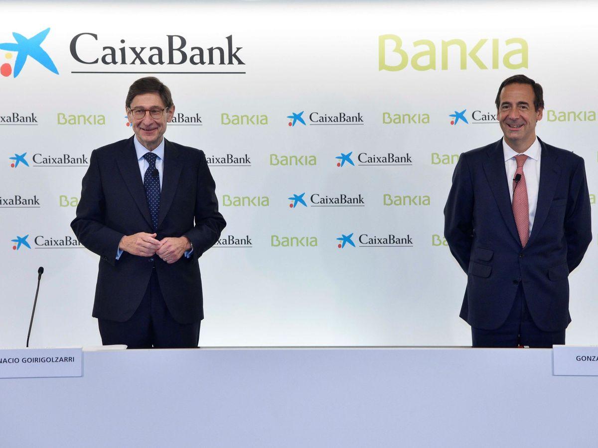 Foto: José Ignacio Goirigolzarri (i) y Gonzalo Gortázar. (EFE)