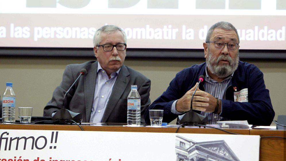Foto: Los secretarios generales de CCOO, Ignacio Fernández Toxo, y de UGT, Cándido Méndez. (Efe)