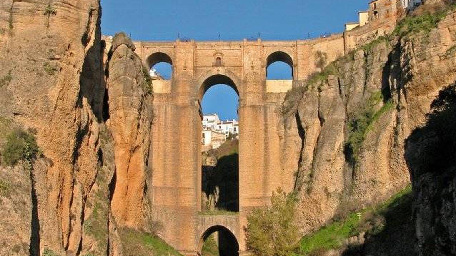 Foto: El Puente Nuevo de Ronda, un lugar romántico por demás. (Foto: Turismo de Ronda)