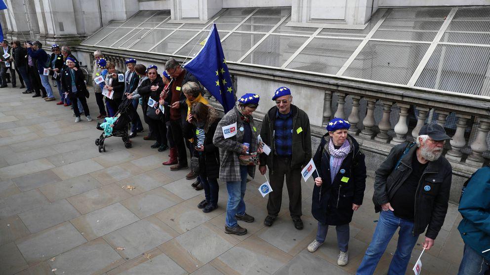 """Westminster alerta del """"limbo"""" legal que amenaza a millones de comunitarios en UK"""