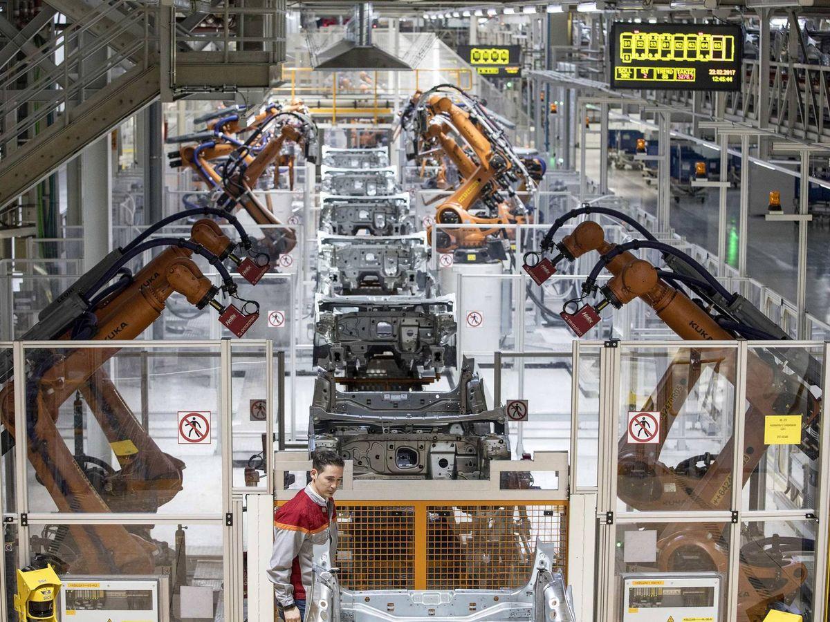Foto: Una fábrica de Barcelona. (EFE)