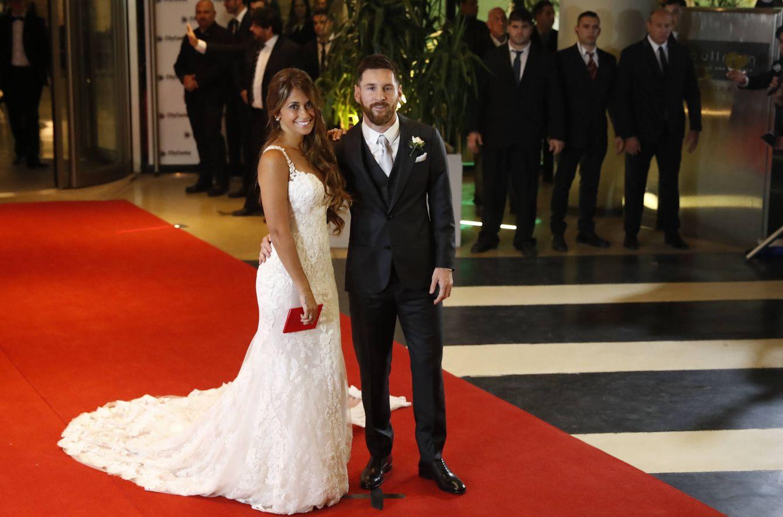 Matrimonio De Messi : Primeras imágenes de la boda leo messi y antonella