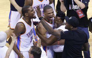 Durant y Westbrook roban el triunfo a los Clippers en 49 segundos