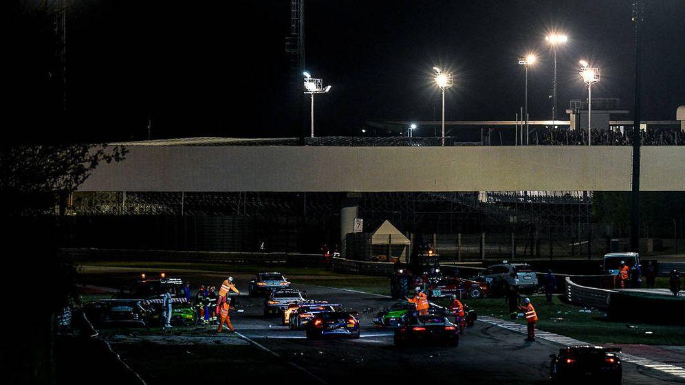 Foto: Panorámica de los coches accidentados este pasado fin de semana, entre ellos el Bentley.