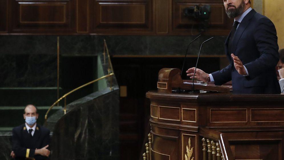 Foto: El líder de Vox, Santiago Abascal, en el Congreso. (EFE)