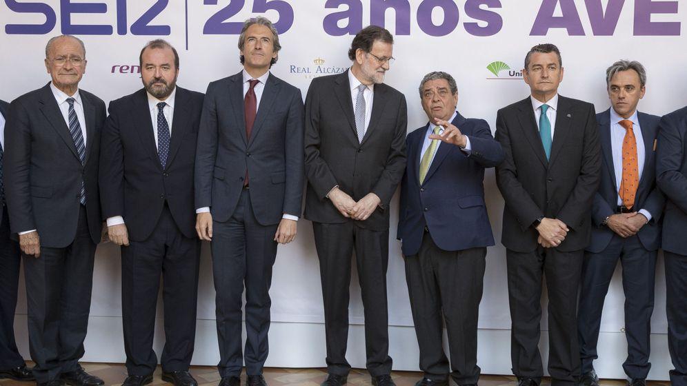 Foto: Conmemoración en Sevilla del XXV aniversario del AVE Madrid-Sevilla (EFE).
