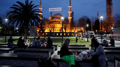 Turquía inicia su primer confinamiento total (y prohíbe la venta de alcohol)
