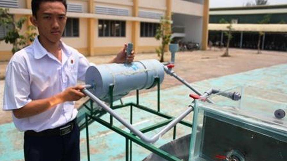 Un estudiante inventa una máquina que potabiliza agua por 45 dólares