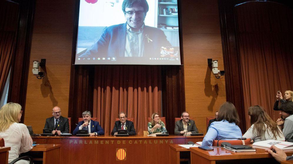 Foto: Puigdemont presidió hoy junto a Quim Torra una reunión convocada por el grupo parlamentario de JxCAT. (EFE)