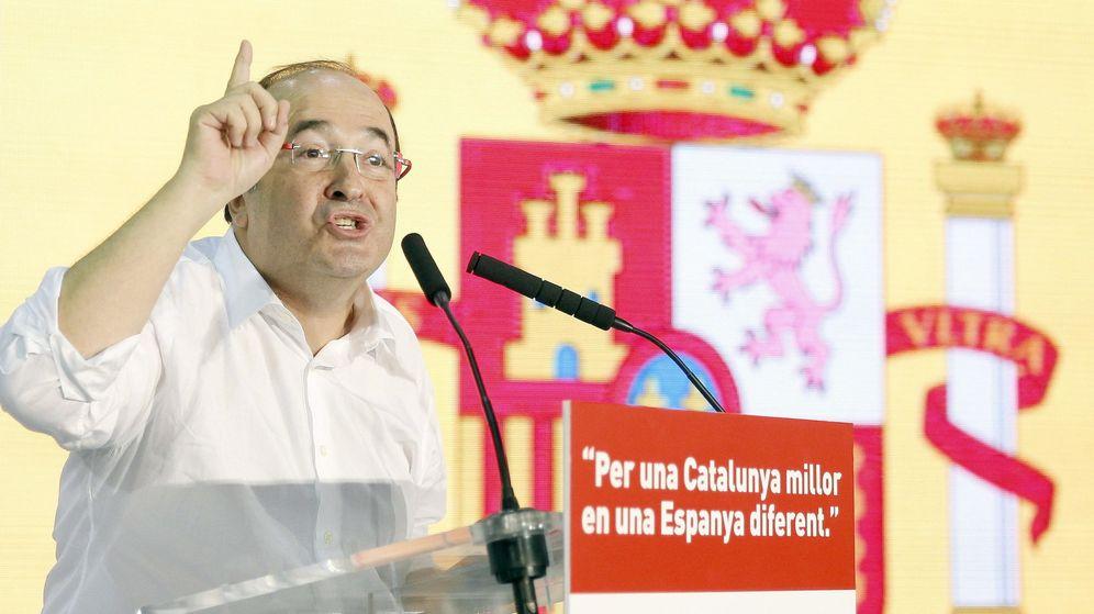 Foto: El candidato del PSC a la presidencia de la Generalitat, Miquel Iceta, Santa Coloma de Gramenet. (Efe)