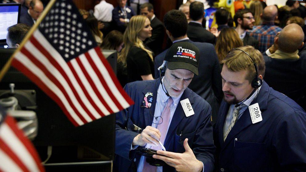 El escándalo Flynn-Trump llega a Wall Street: el Dow Jones, Nasdaq y S&P caen