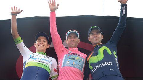Valverde, el hombre hecho de bronce, sube al podio de las tres grandes vueltas