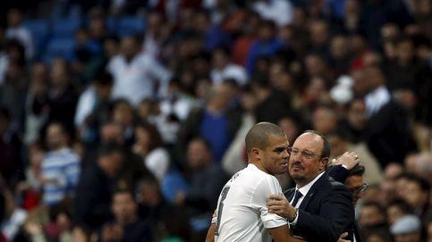 Pepe no ayuda a su amigo Benítez justo antes de una Junta Directiva de urgencia