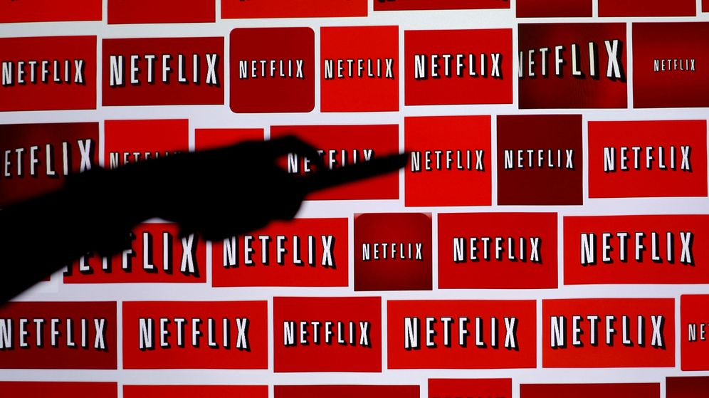 Foto: Ilustración con el logotipo de Netflix de fondo. (Reuters)