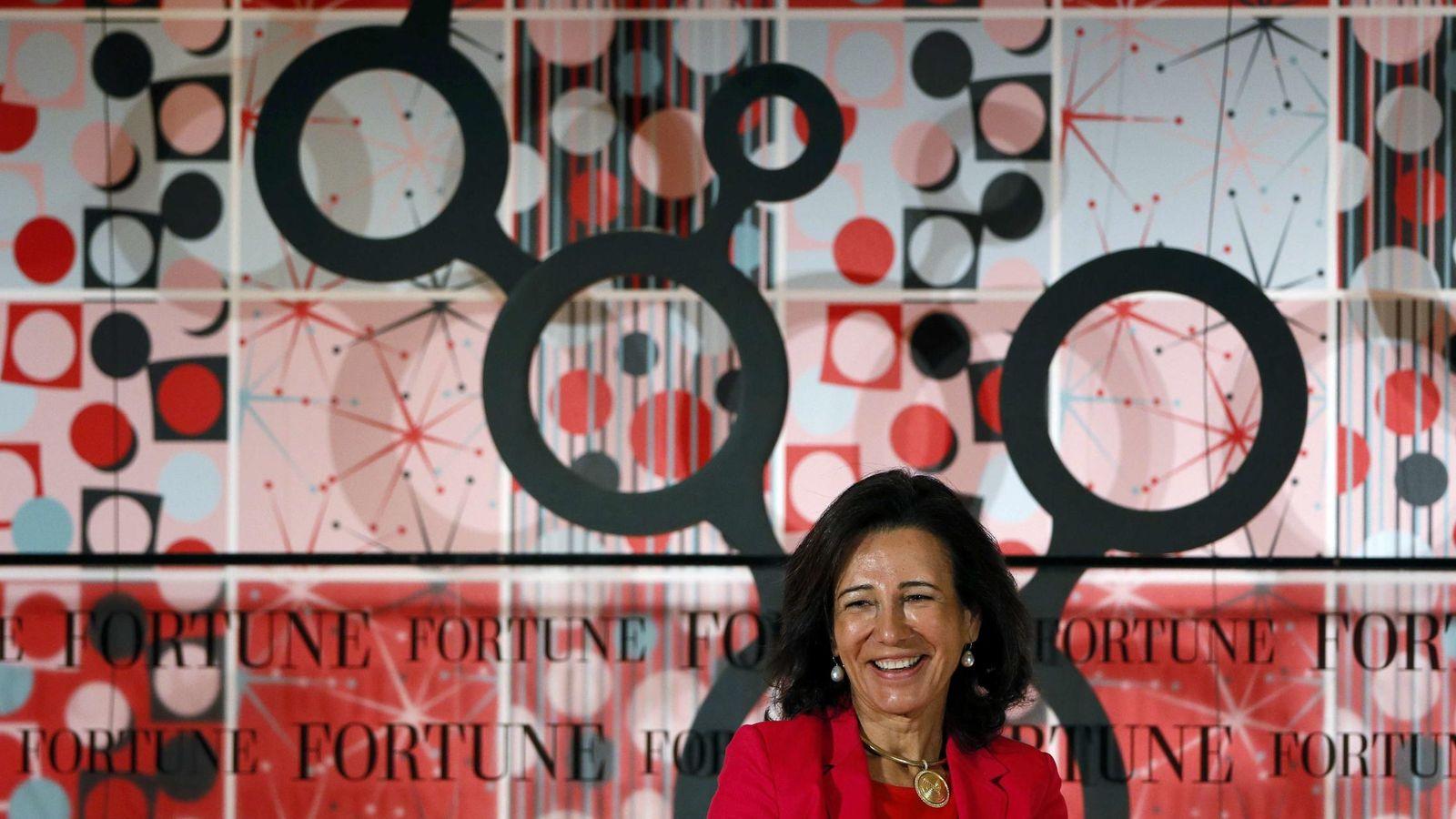 Foto: Ana Botín, durante una reunión de mujeres empresarias en Londres. (Reuters)