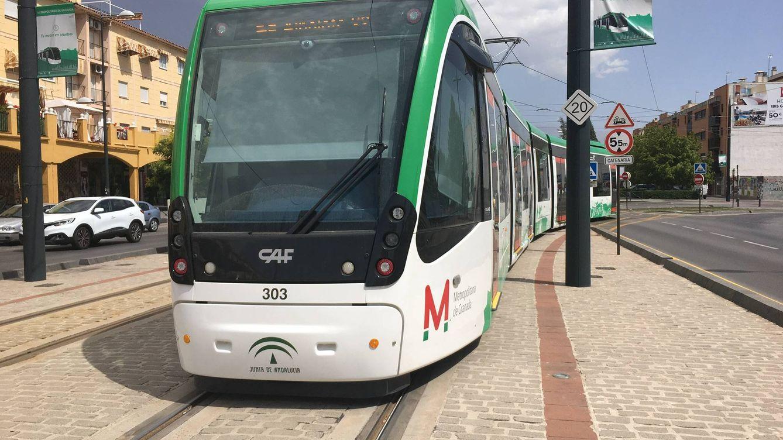 Metro Granada: la Junta obvia el caos de accidentes y presiona para inaugurarlo ya