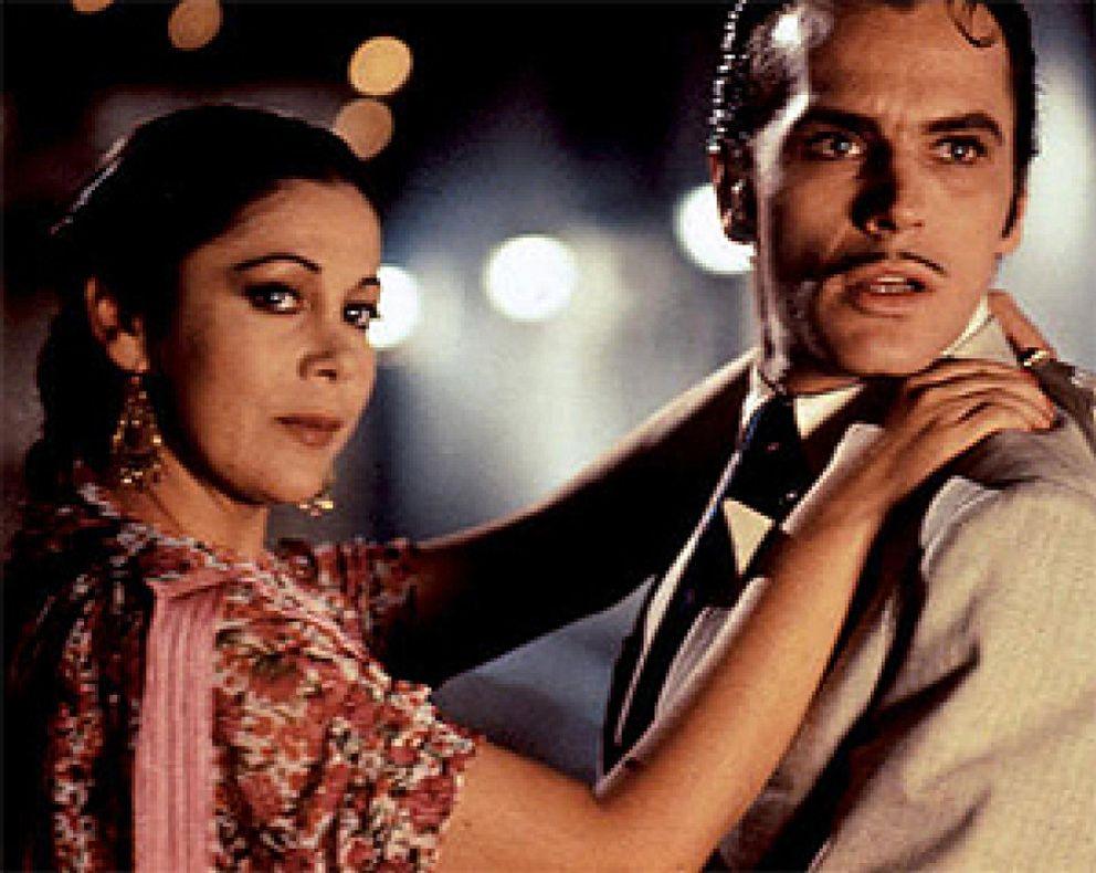 Anita gitana de 17 bailando semidesnuda guarra - 3 part 9