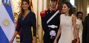 Post de Manos entrelazadas, tuteo de Macri y dos buenos looks: Letizia y Awada, en Argentina