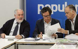 El PP perfila el equipo de Cañete con Floriano como jefe de campaña