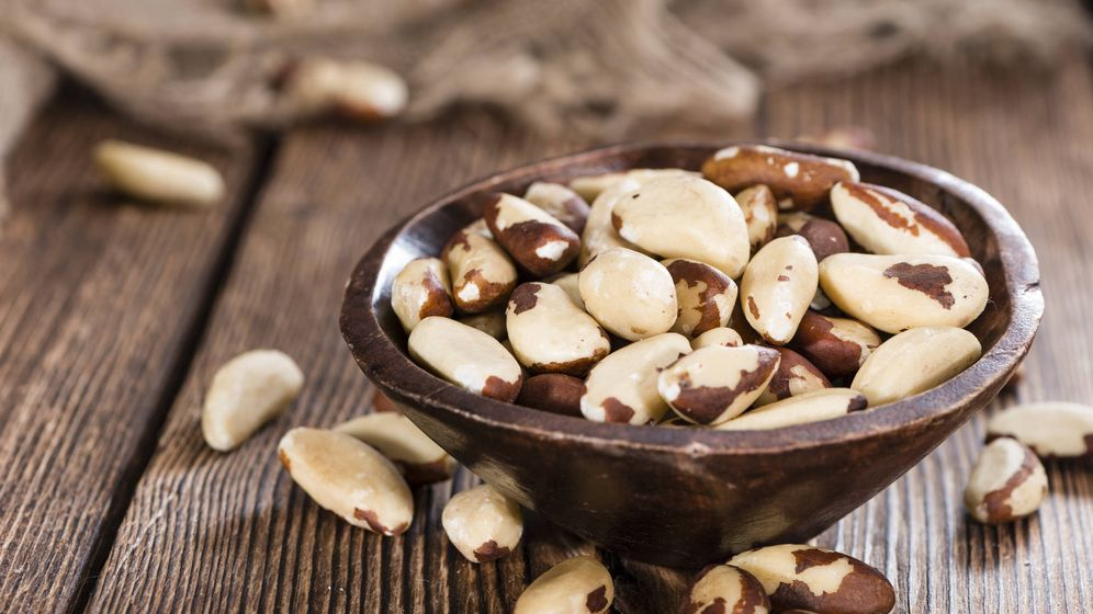 Foto: Las nueces de Brasil aportan un 3.485,4% de la cantidad diaria recomendada de selenio. (iStock)