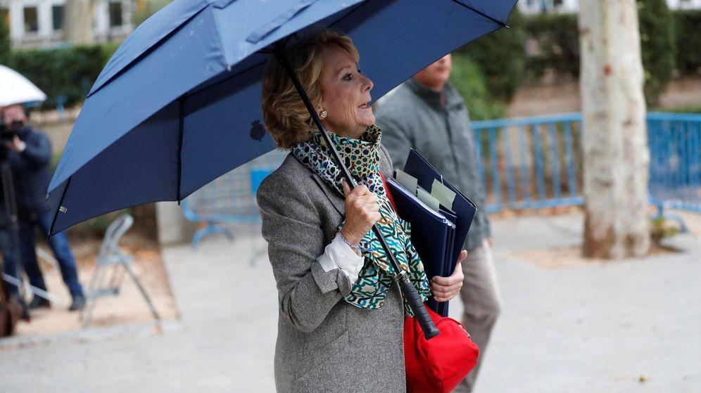 Foto: Esperanza Aguirre, llegando a declarar. (EFE)
