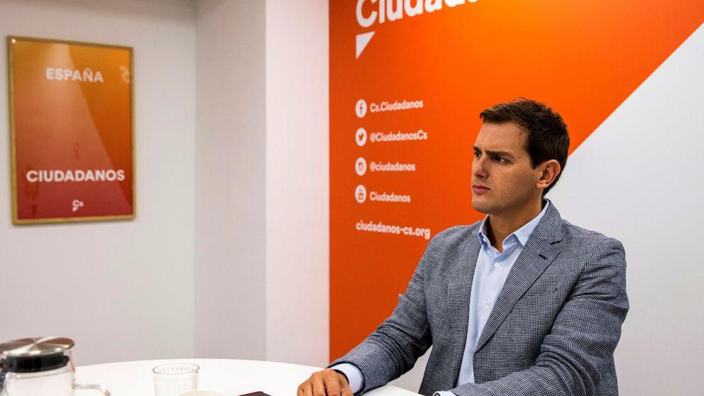 Rivera pide a Sánchez reaccionar ya: Cataluña es un territorio sin ley