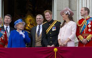 Buckingham Palace, Sociedad Ilimitada