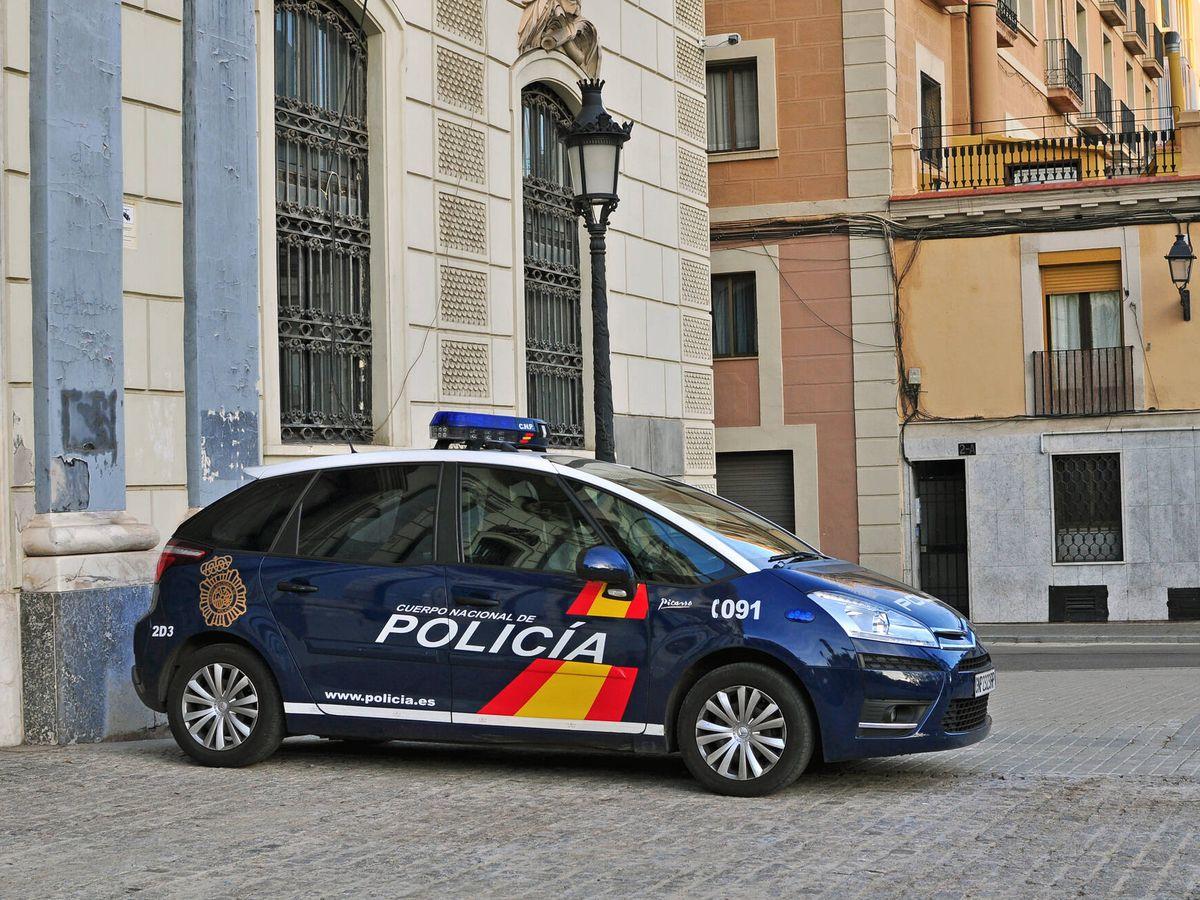 Foto: Coche de Policía Nacional. (iStock)