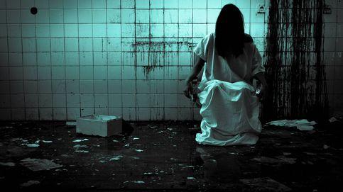 Había una foto mía durmiendo, vivo solo: historias de terror en dos líneas