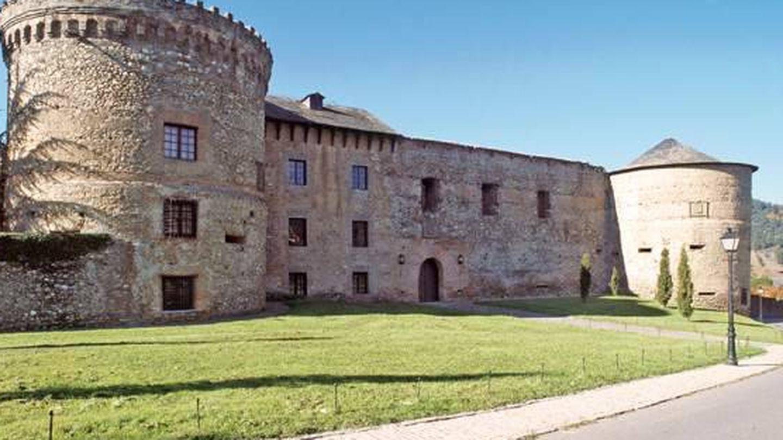 Imagen del impresionante castillo-palacio de Villafranca del Bierzo. (Foto: Turismo Castilla y León)
